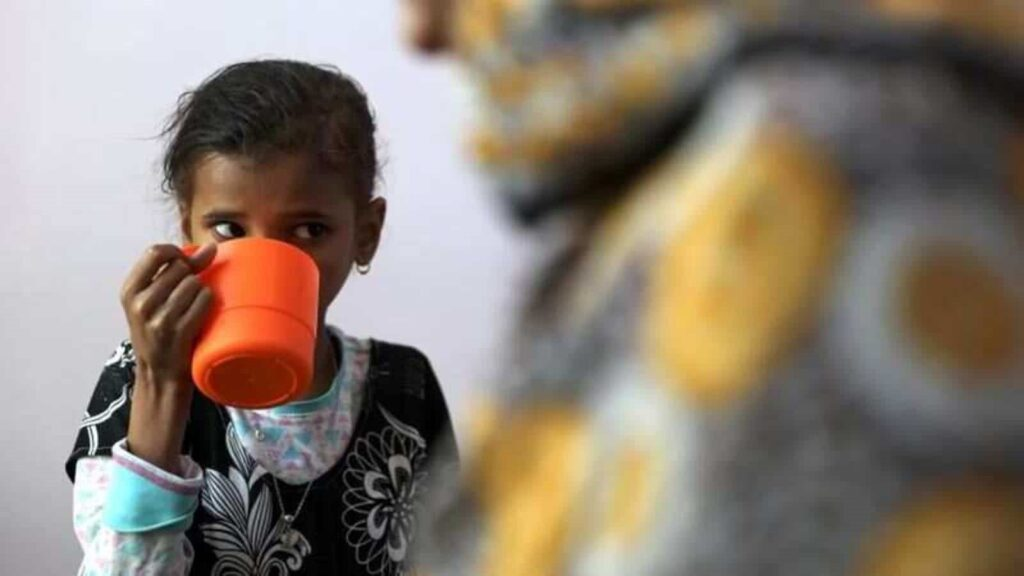 16 million Yemenis going hungry, 5 million on the brink of famine: UN aid chief