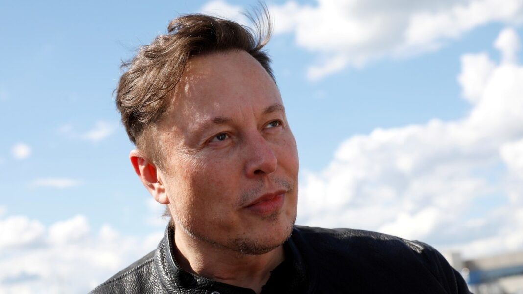 Competitor fears Musk could 'monopolise' space