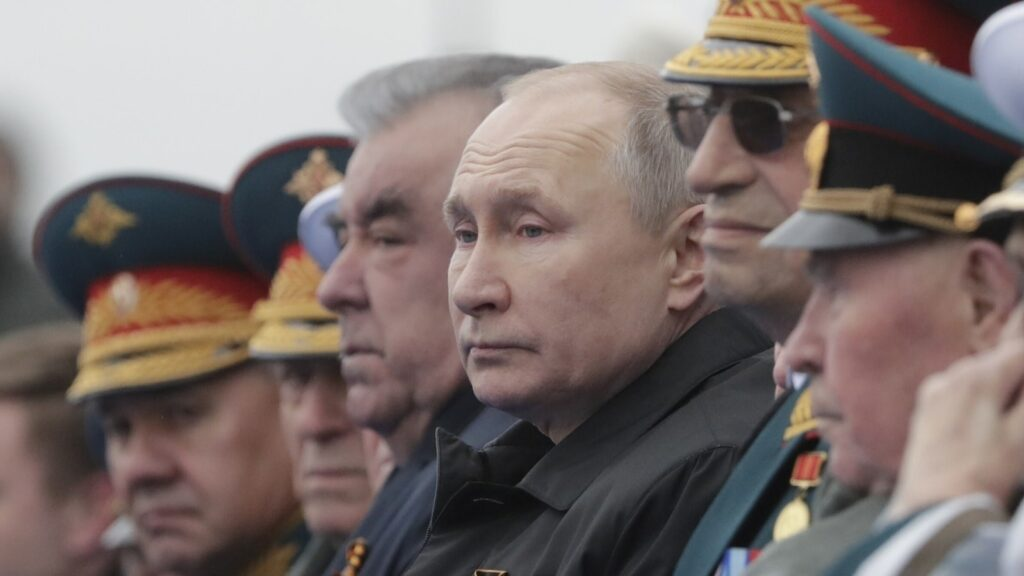 On 76th WWII Victory Day, Putin vows to 'firmly' defend Russian interests