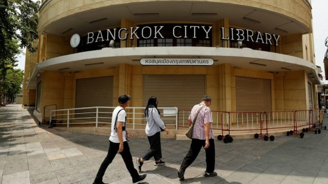 Bangkok to lift Covid-19 curbs from museums, historical sites, parks, parlours