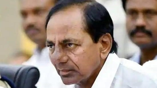 Opposition condemns KCR govt's purchasing of luxury vehicles for IAS officers